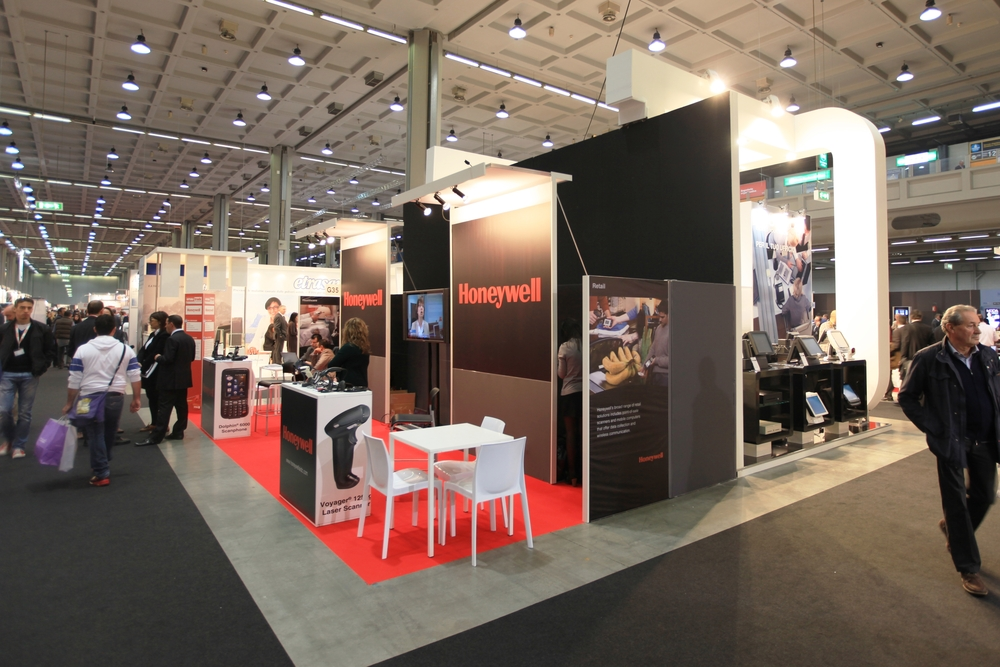 Make Your Trade Show Booth Stand Out Exhibit Potential